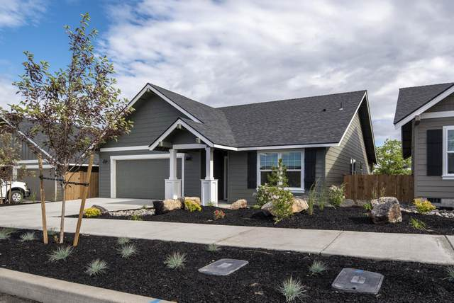 344 NW 33rd Street, Redmond, OR 97756 (MLS #220104651) :: Fred Real Estate Group of Central Oregon