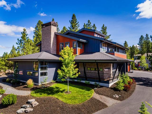 136 NW Champanelle Way, Bend, OR 97703 (MLS #220104677) :: Berkshire Hathaway HomeServices Northwest Real Estate