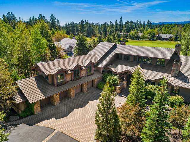 19256 Green Lakes Loop, Bend, OR 97702 (MLS #220104695) :: The Ladd Group