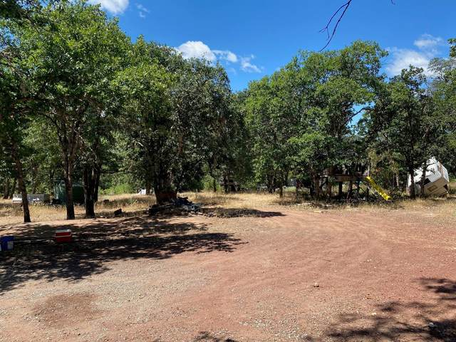 11400 Blackwell Road, Central Point, OR 97502 (MLS #220104711) :: FORD REAL ESTATE