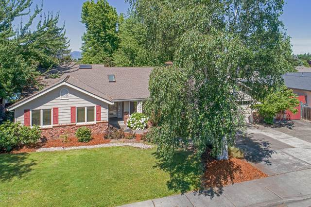 512 Hogan Avenue, Medford, OR 97504 (MLS #220104737) :: FORD REAL ESTATE