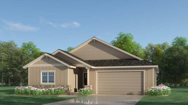 2933 NW Greenwood Court, Redmond, OR 97756 (MLS #220104770) :: Berkshire Hathaway HomeServices Northwest Real Estate
