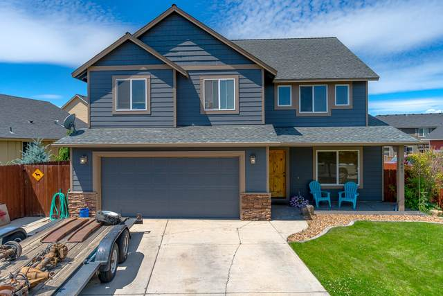 1441 NW 18th Street, Redmond, OR 97756 (MLS #220104791) :: Berkshire Hathaway HomeServices Northwest Real Estate