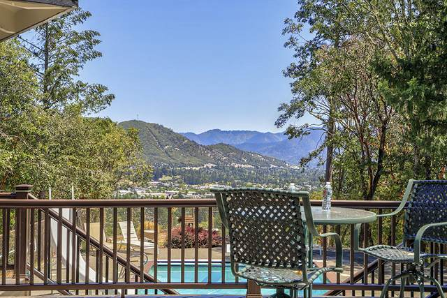 381 NW Woodbrook Drive, Grants Pass, OR 97526 (MLS #220104851) :: Berkshire Hathaway HomeServices Northwest Real Estate