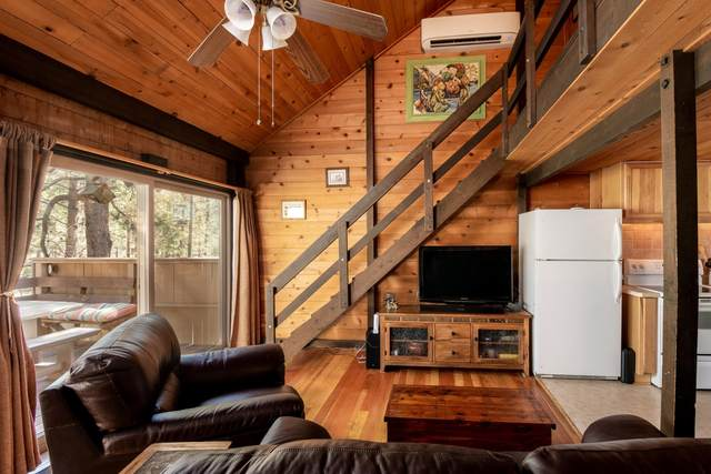 17630-10 Cluster Cabin Lane, Sunriver, OR 97707 (MLS #220104853) :: Berkshire Hathaway HomeServices Northwest Real Estate