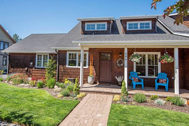 686 W Jefferson Avenue, Sisters, OR 97759 (MLS #220104881) :: Berkshire Hathaway HomeServices Northwest Real Estate