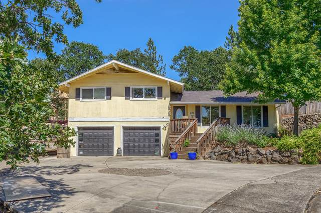 425 Rodale Drive, Eagle Point, OR 97524 (MLS #220104888) :: Berkshire Hathaway HomeServices Northwest Real Estate