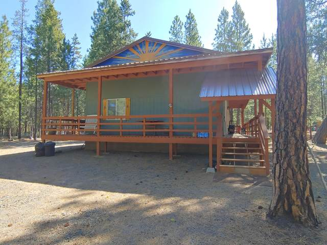 1100 Yellow Pine Road, Bly, OR 97622 (MLS #220104910) :: The Payson Group