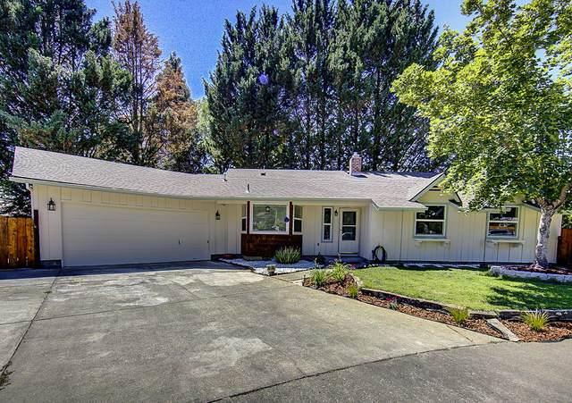 966 NE 11th Street, Grants Pass, OR 97526 (MLS #220104920) :: Berkshire Hathaway HomeServices Northwest Real Estate