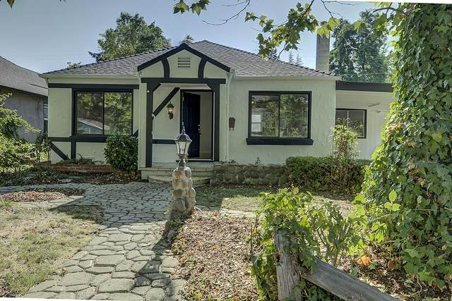 340 Mae Street, Medford, OR 97504 (MLS #220104922) :: Berkshire Hathaway HomeServices Northwest Real Estate