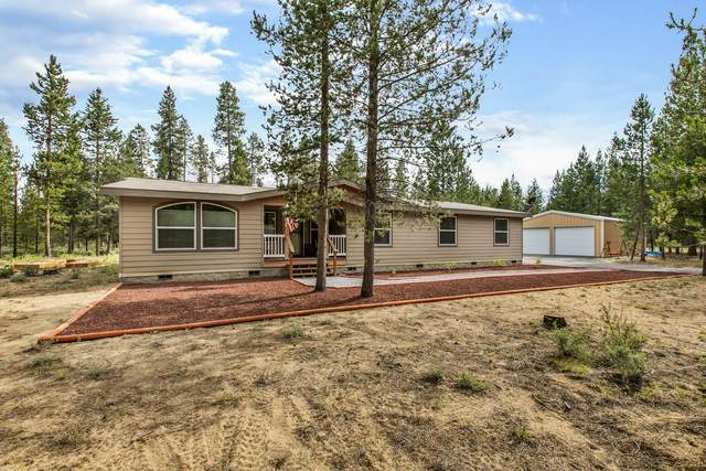 15817 Parkway Drive, La Pine, OR 97739 (MLS #220104925) :: Berkshire Hathaway HomeServices Northwest Real Estate