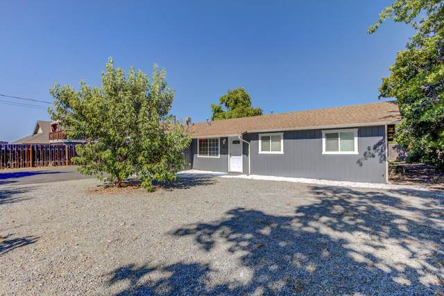 2704 Connell Avenue, Medford, OR 97501 (MLS #220104938) :: Berkshire Hathaway HomeServices Northwest Real Estate