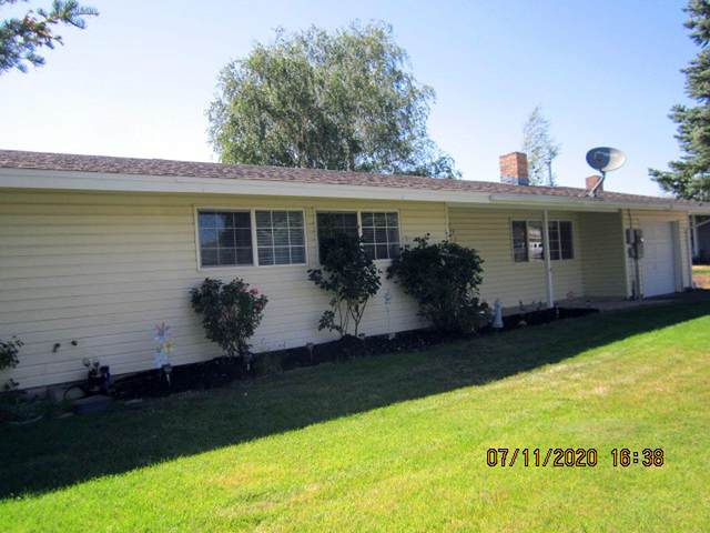 10576 Mcguire Avenue, Klamath Falls, OR 97603 (MLS #220104943) :: Berkshire Hathaway HomeServices Northwest Real Estate