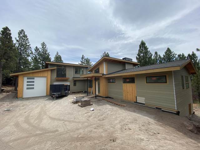 1183 NW Summit Drive, Bend, OR 97703 (MLS #220104950) :: Berkshire Hathaway HomeServices Northwest Real Estate