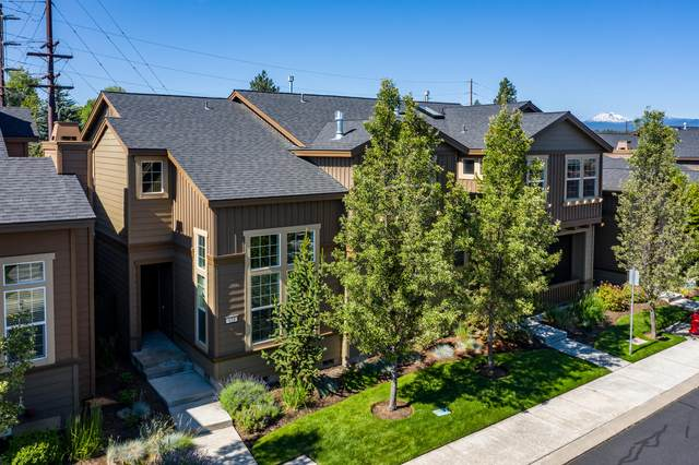 659 SW Peak View Place, Bend, OR 97702 (MLS #220104967) :: Rutledge Property Group