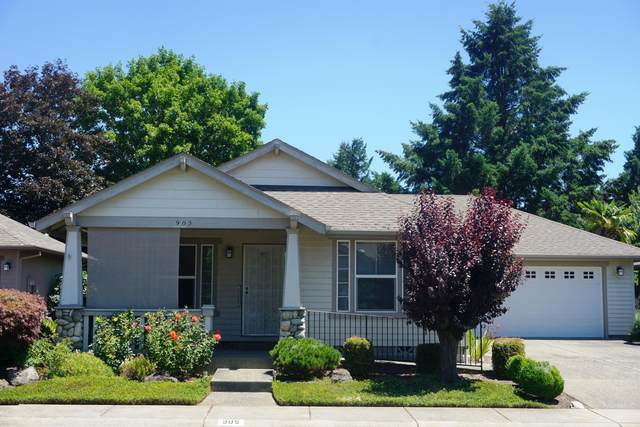 905 Schaefers Lane, Grants Pass, OR 97526 (MLS #220105017) :: FORD REAL ESTATE