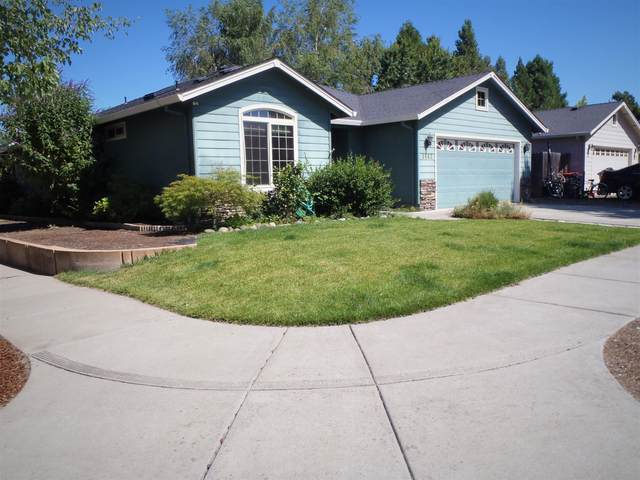 1663 Alexis Way, Medford, OR 97501 (MLS #220105082) :: FORD REAL ESTATE