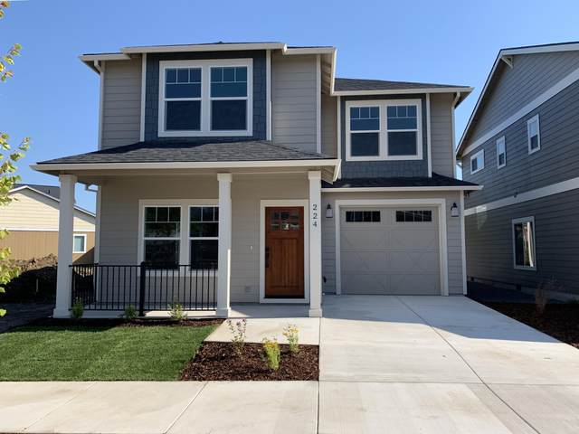 224 Wintersage Circle, Talent, OR 97540 (MLS #220105128) :: FORD REAL ESTATE
