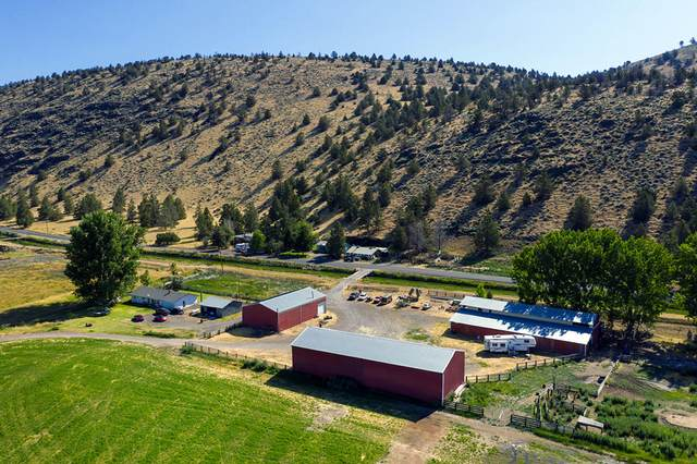 10610 Hill Road, Klamath Falls, OR 97603 (MLS #220105337) :: Berkshire Hathaway HomeServices Northwest Real Estate
