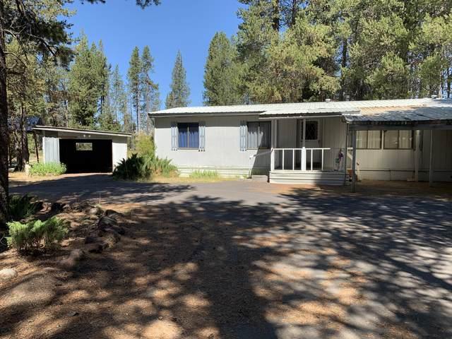 136028 Highway 97, Crescent, OR 97733 (MLS #220105366) :: Fred Real Estate Group of Central Oregon