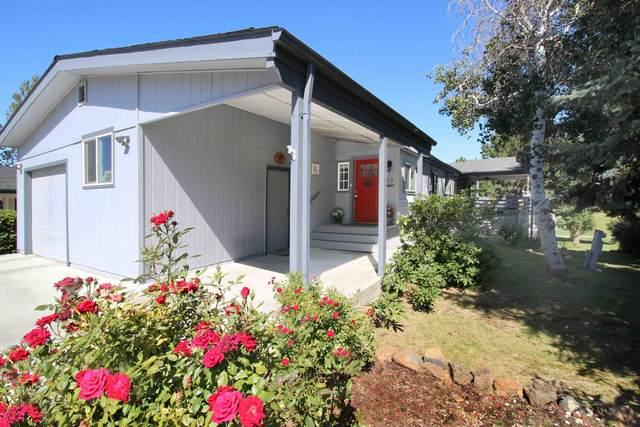 63734 Cascade Village Drive, Bend, OR 97701 (MLS #220105470) :: Team Birtola | High Desert Realty