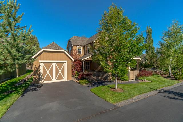 205 Split Rail Lane, Redmond, OR 97756 (MLS #220105569) :: Fred Real Estate Group of Central Oregon