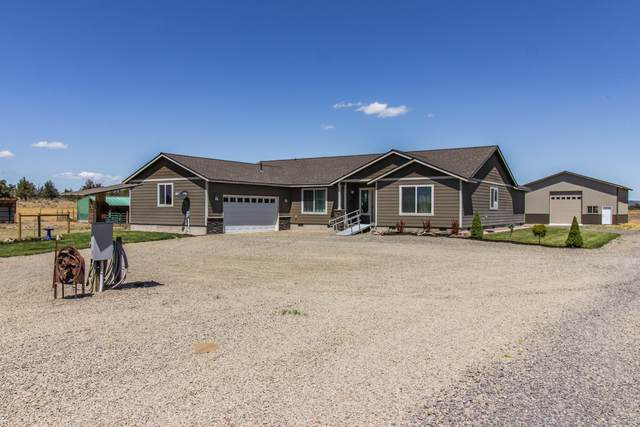 15145 Twin Lakes Road, Powell Butte, OR 97753 (MLS #220105777) :: Fred Real Estate Group of Central Oregon