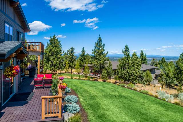 3274 NW Colonial Drive, Bend, OR 97701 (MLS #220105840) :: Team Birtola | High Desert Realty