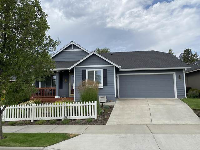 3727 SW 30th Street, Redmond, OR 97756 (MLS #220105879) :: Bend Relo at Fred Real Estate Group