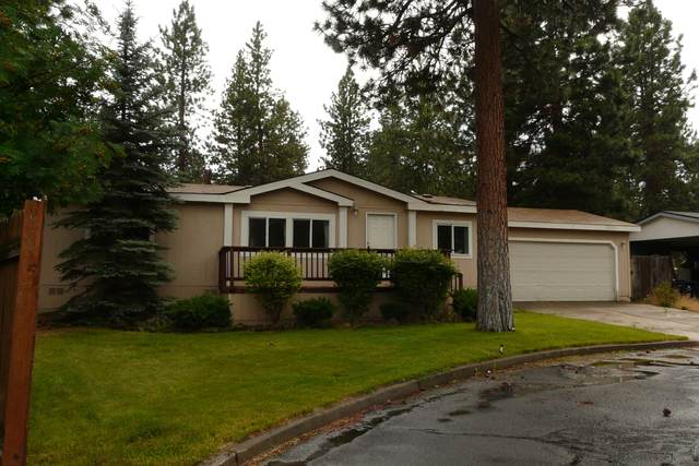 19855 Fennic Court, Bend, OR 97702 (MLS #220106020) :: Coldwell Banker Bain