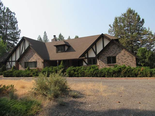 37300 Twin River Drive, Chiloquin, OR 97624 (MLS #220106118) :: The Ladd Group