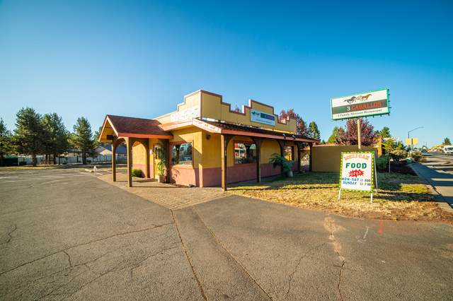 51500 Hwy 97, La Pine, OR 97739 (MLS #220106137) :: Team Birtola | High Desert Realty
