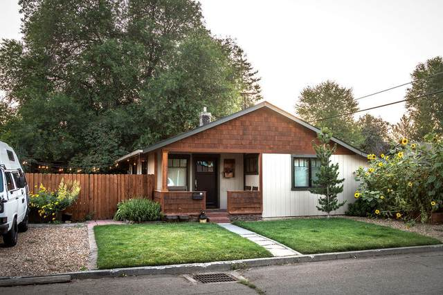 201 NW Harriman Street, Bend, OR 97703 (MLS #220106143) :: Fred Real Estate Group of Central Oregon