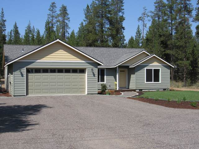 16042 Sparks Drive, La Pine, OR 97739 (MLS #220106149) :: Fred Real Estate Group of Central Oregon