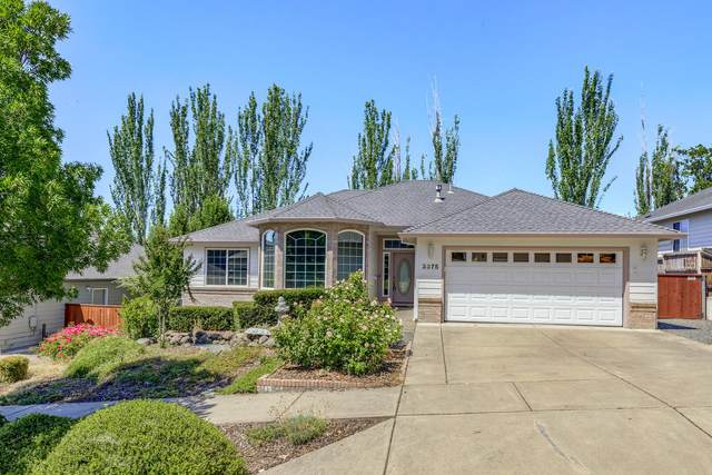 3375 Henderson Way, Medford, OR 97504 (MLS #220106204) :: The Ladd Group