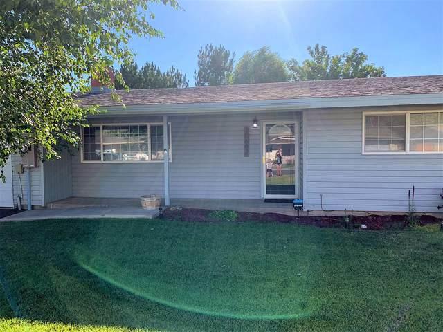 10682 Mcguire Avenue, Klamath Falls, OR 97603 (MLS #220106231) :: The Ladd Group