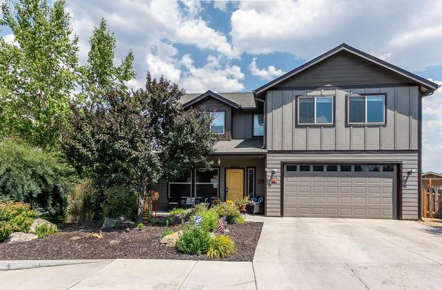 1656 SW Sarasoda Court, Redmond, OR 97756 (MLS #220106291) :: Berkshire Hathaway HomeServices Northwest Real Estate