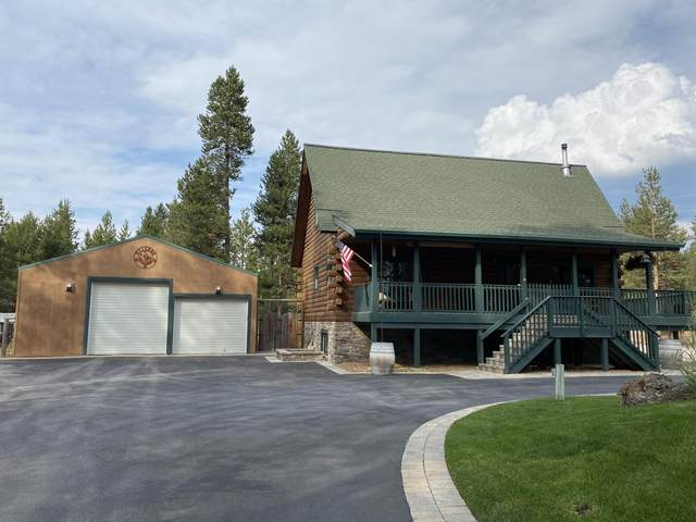 17872 Old Wood Road, Bend, OR 97707 (MLS #220106299) :: Fred Real Estate Group of Central Oregon