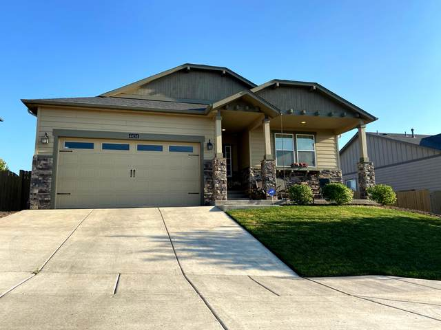 4434 SW Umatilla, Redmond, OR 97756 (MLS #220106318) :: The Ladd Group