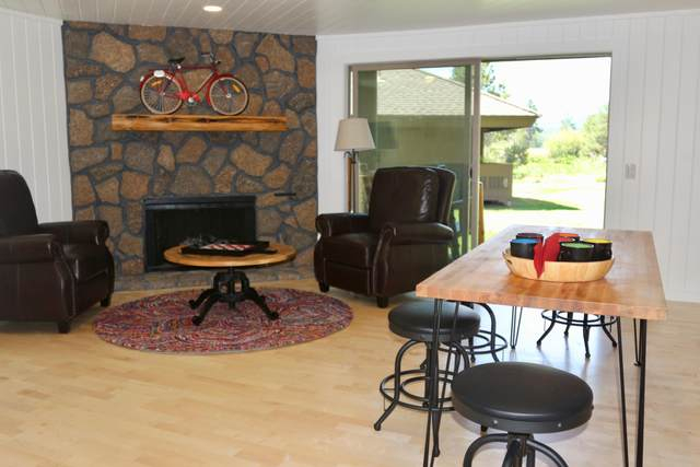 17620 Pinnacle Lane # 8, Sunriver, OR 97707 (MLS #220106373) :: Bend Relo at Fred Real Estate Group