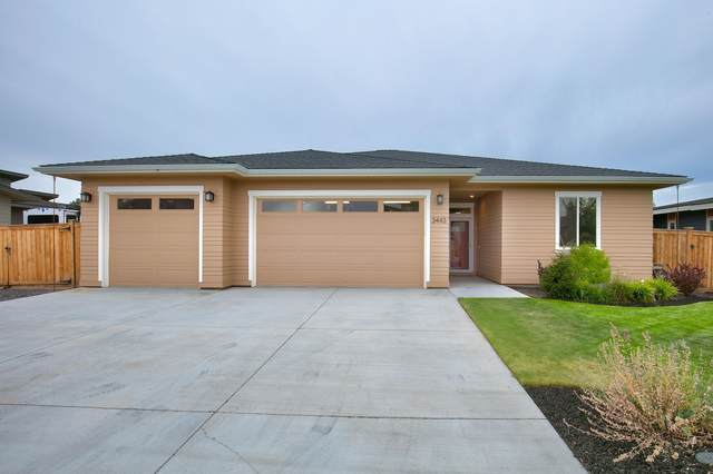 3443 SW 47th Street, Redmond, OR 97756 (MLS #220106382) :: Bend Relo at Fred Real Estate Group