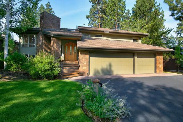 61752 Tam Mcarthur Loop, Bend, OR 97702 (MLS #220106432) :: Fred Real Estate Group of Central Oregon