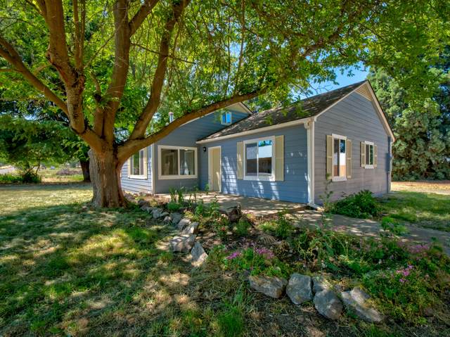 5731 Colver Road, Talent, OR 97540 (MLS #220106434) :: Berkshire Hathaway HomeServices Northwest Real Estate