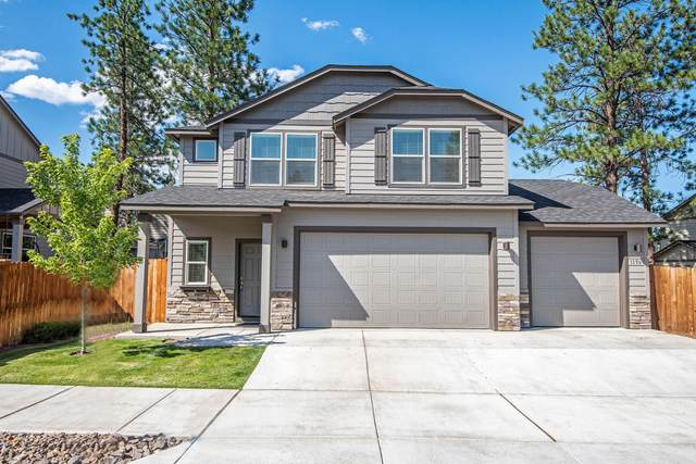 1156 W Hill Avenue, Sisters, OR 97759 (MLS #220106500) :: The Ladd Group