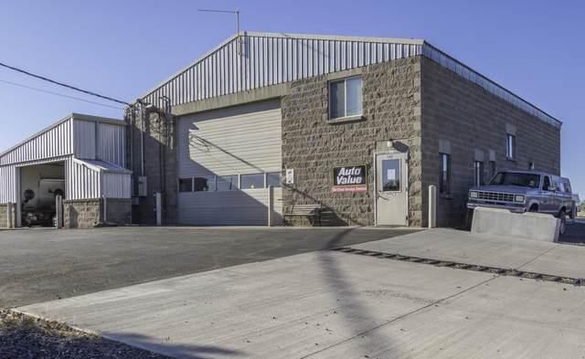 342 SE Evergreen Avenue, Redmond, OR 97756 (MLS #220106543) :: Stellar Realty Northwest