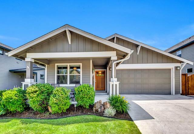 20779 SE Helen Lane, Bend, OR 97702 (MLS #220106583) :: Berkshire Hathaway HomeServices Northwest Real Estate