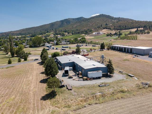 299 Rogue River Parkway, Talent, OR 97540 (MLS #220106589) :: FORD REAL ESTATE