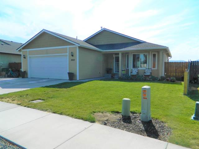 5652 Mickshelly Circle, Klamath Falls, OR 97603 (MLS #220106607) :: Premiere Property Group, LLC