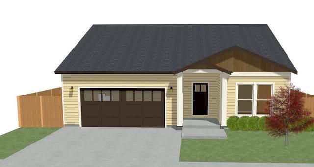1764 Powhatan Avenue, Medford, OR 97501 (MLS #220106622) :: Stellar Realty Northwest