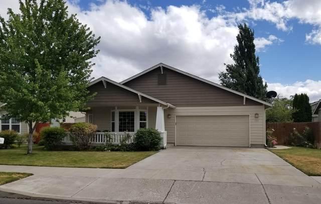 736 NE Sandstone Court, Prineville, OR 97754 (MLS #220106646) :: Bend Relo at Fred Real Estate Group